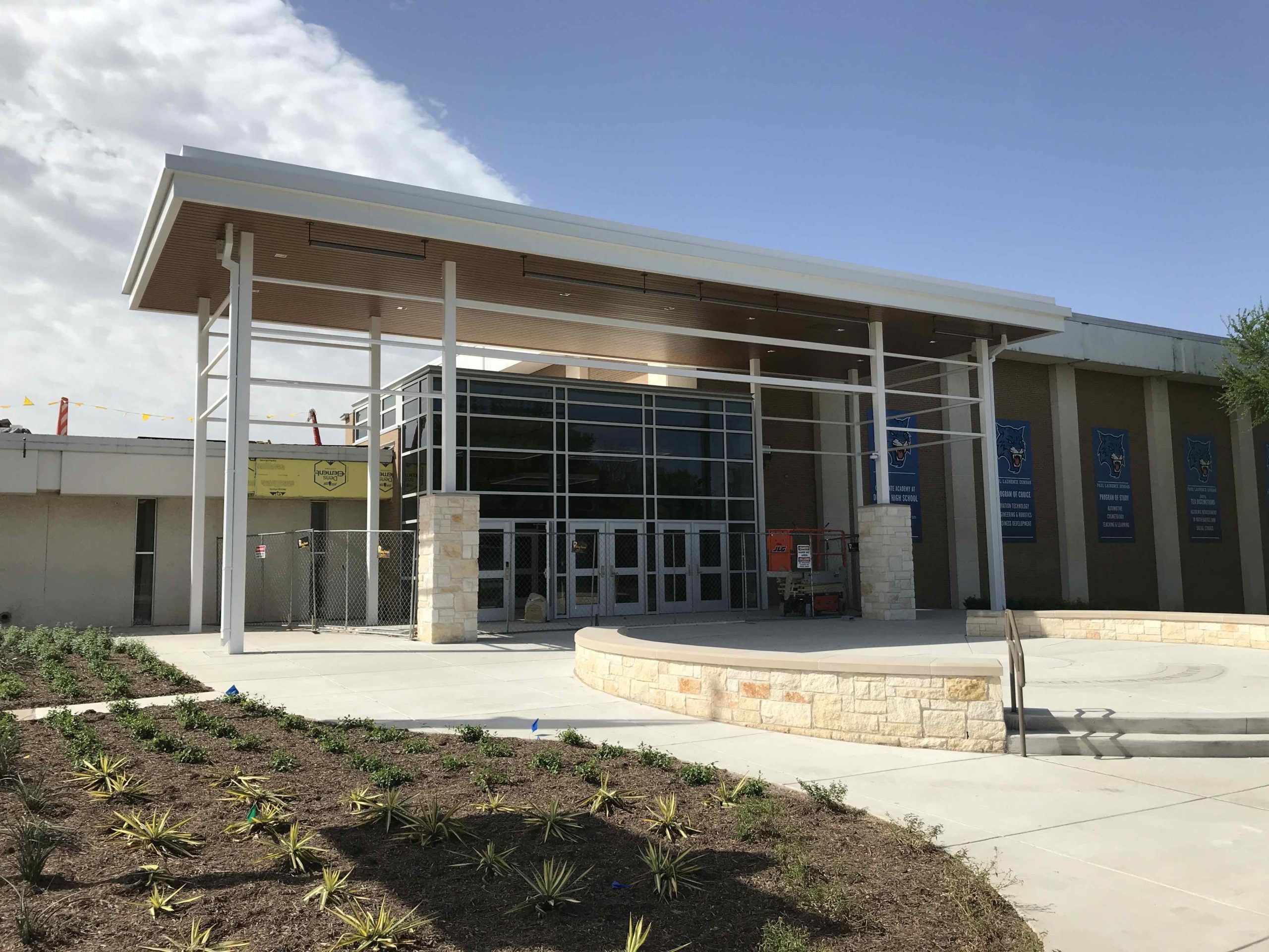 Front Entrance is Looking Fresh! image 0