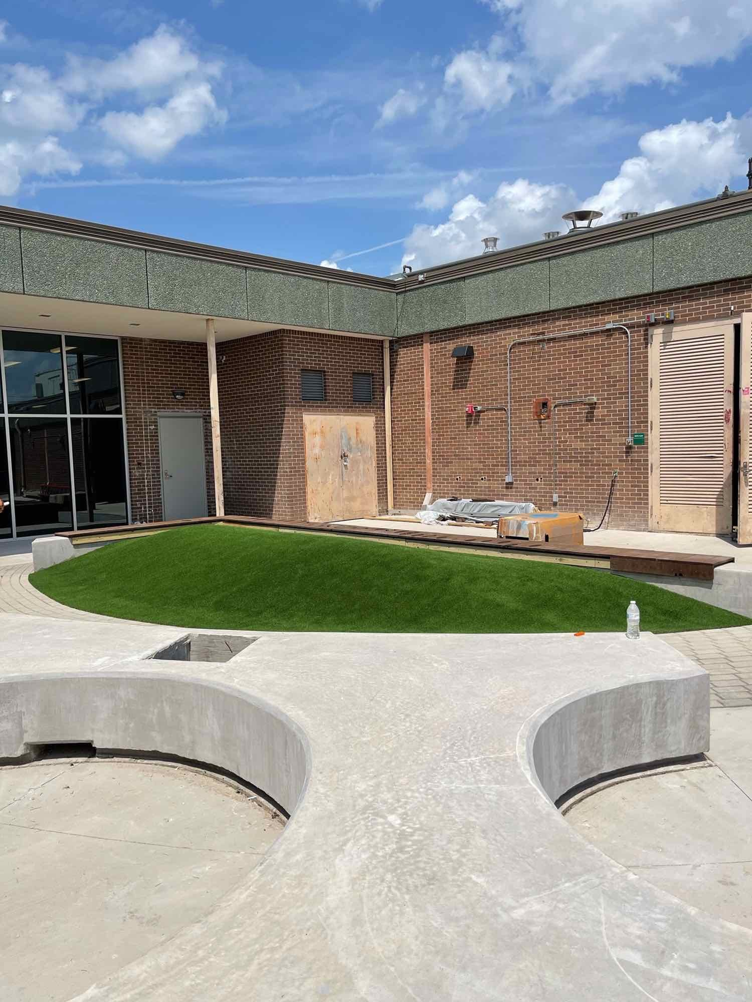 Courtyard Landscaping image 0