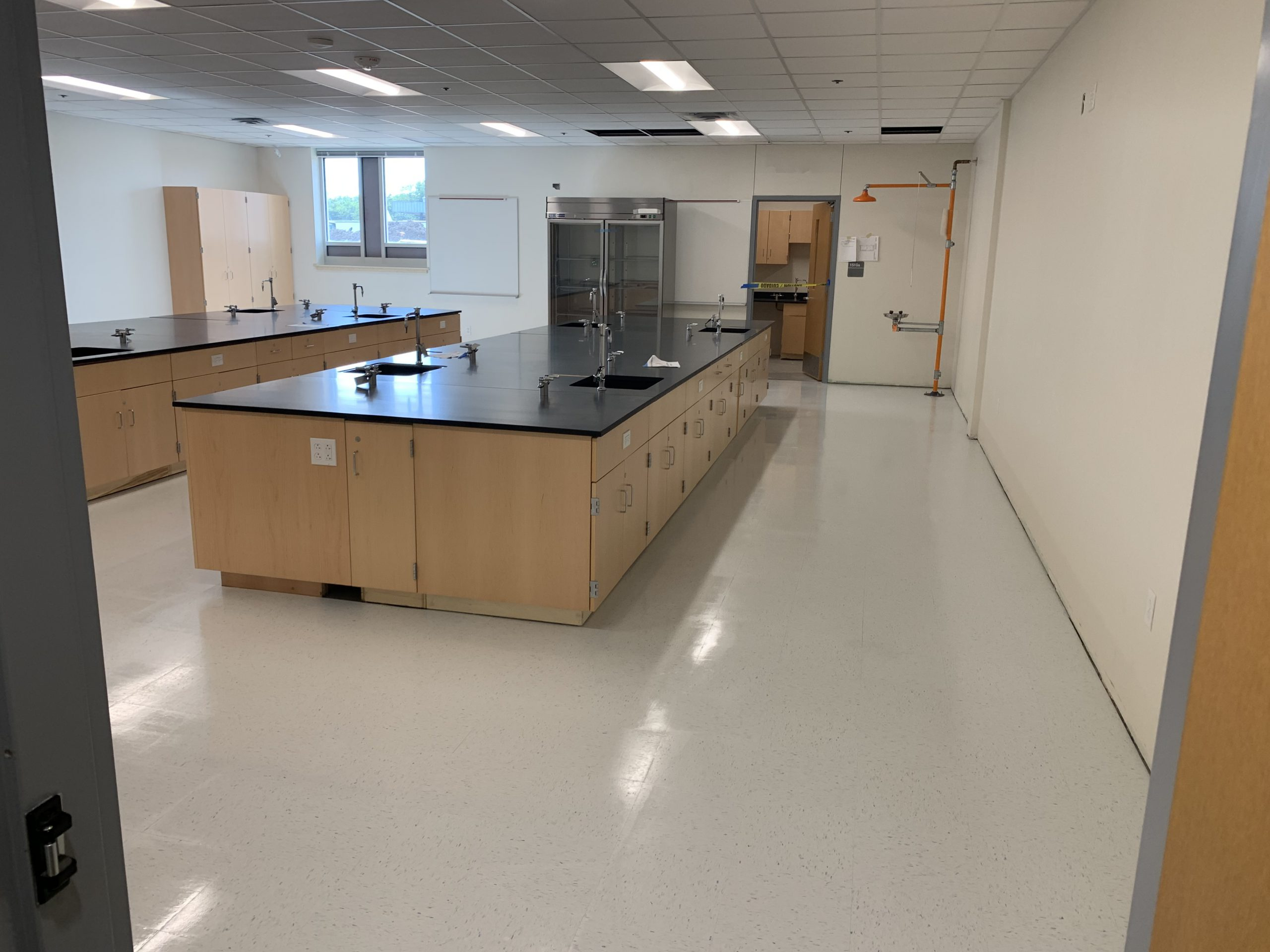 Science Lab image 0